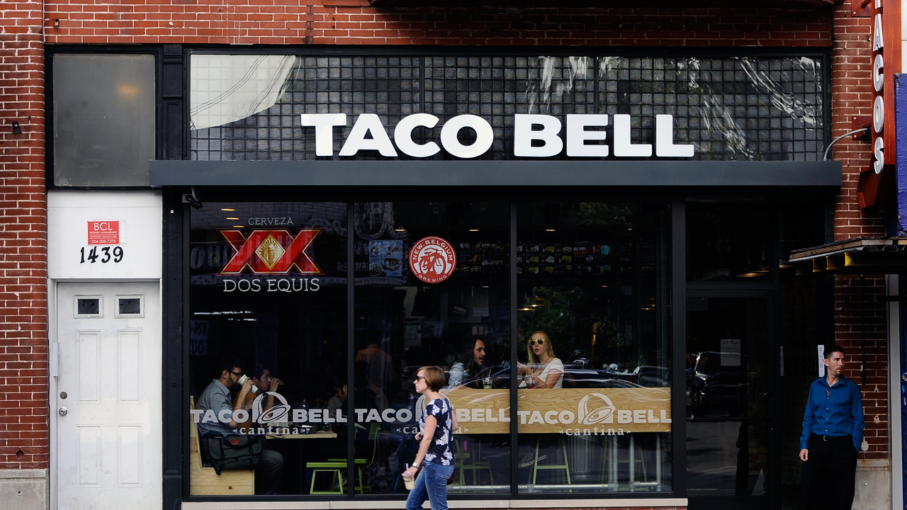 Taco Bell will pay some workers $100,000 this year