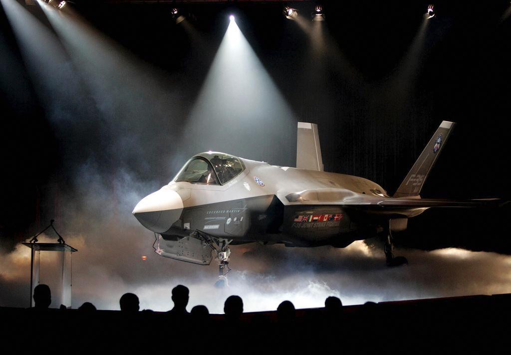 Lockheed Martin gets $2B boost from F-35 fighter jet