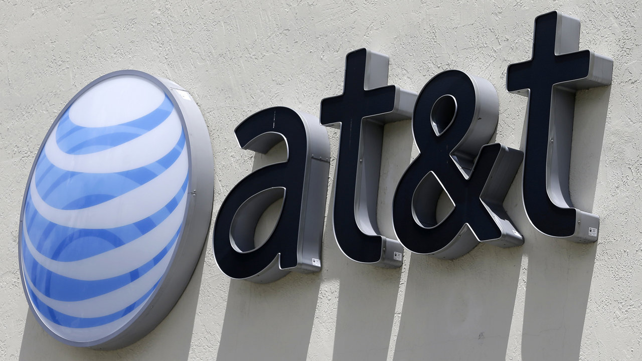 AT&T to sell Puerto Rico business as it looks to pay down debt