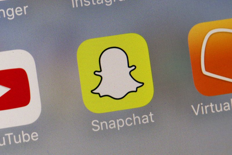 Fox Business Briefs: Snapchat is dethroned and Harley Davidson struggles domestically.