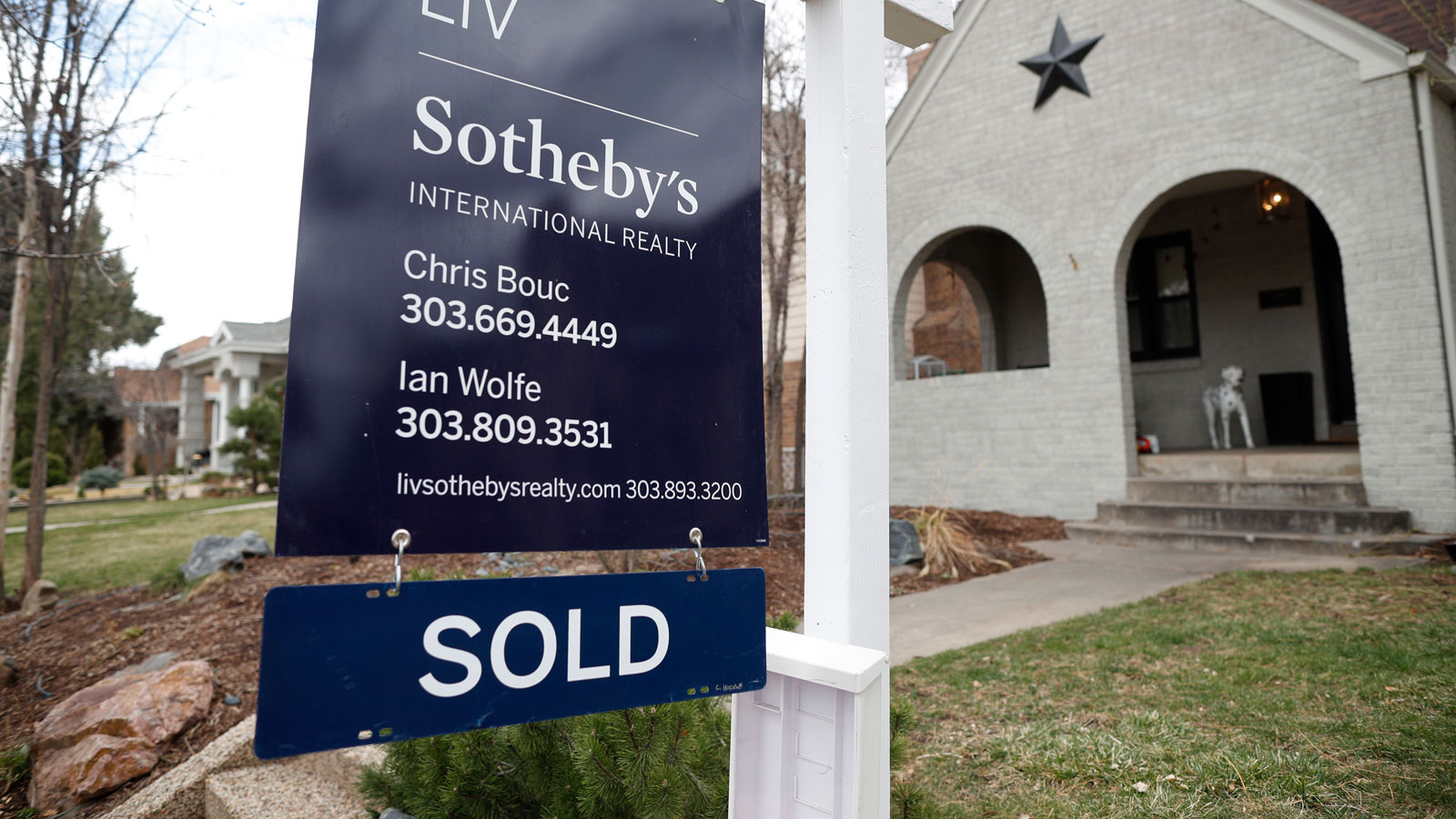 Homes are flying off the market in these US cities