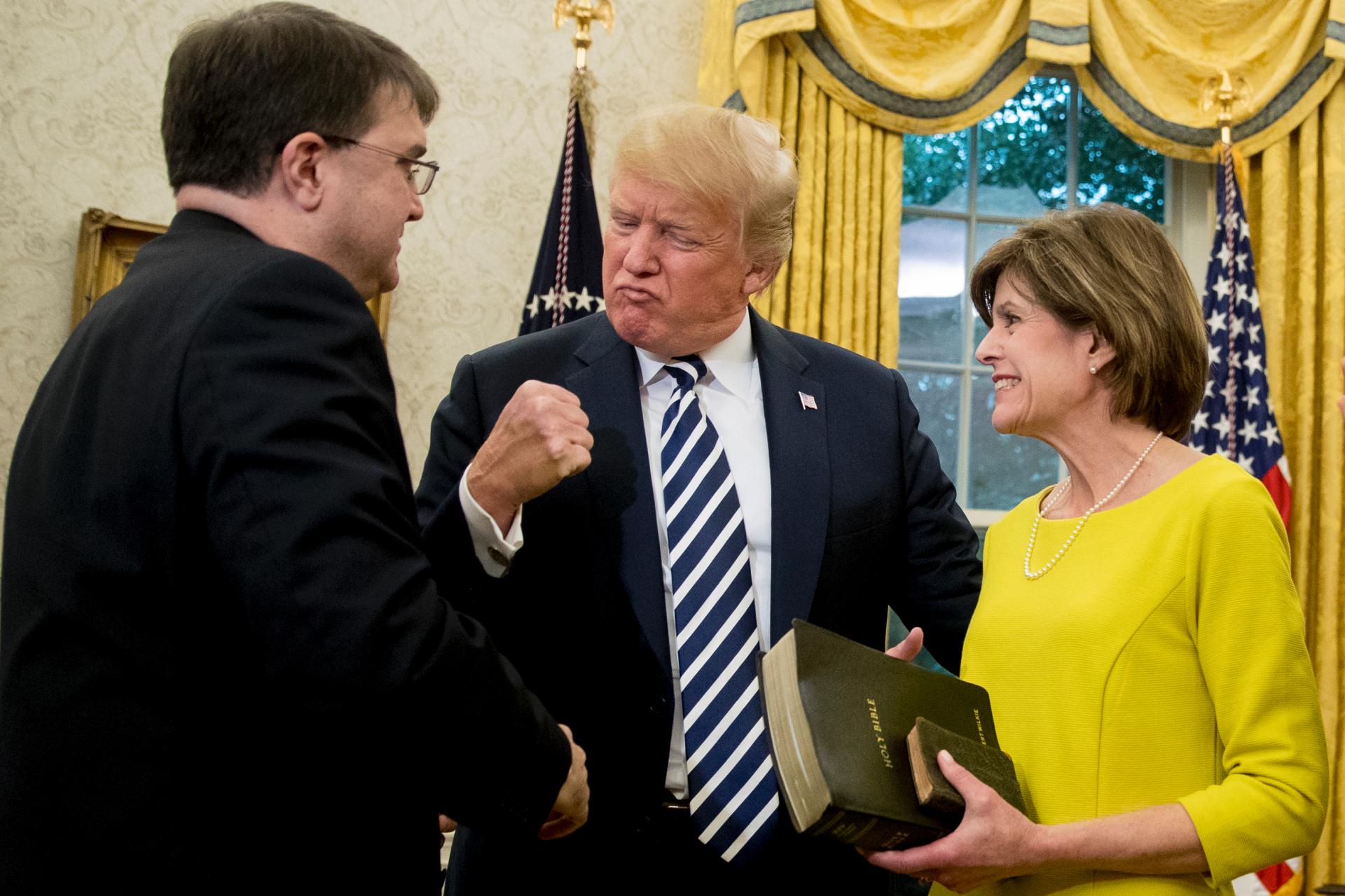 Robert Wilkie sworn in as Trump's Veterans Affairs secretary