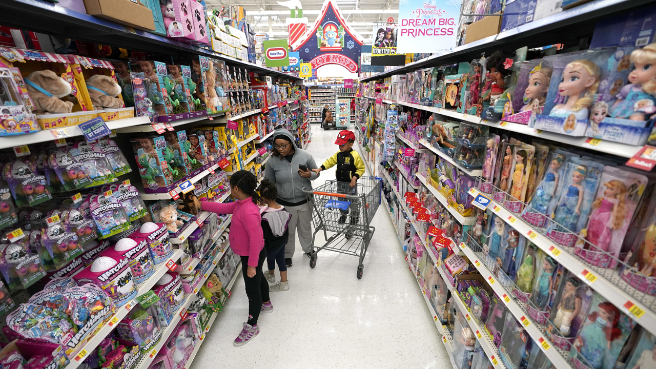 The Toy Insider editor-in-chief Marissa Silva on how supply chain disruptions are impacting the toy market.