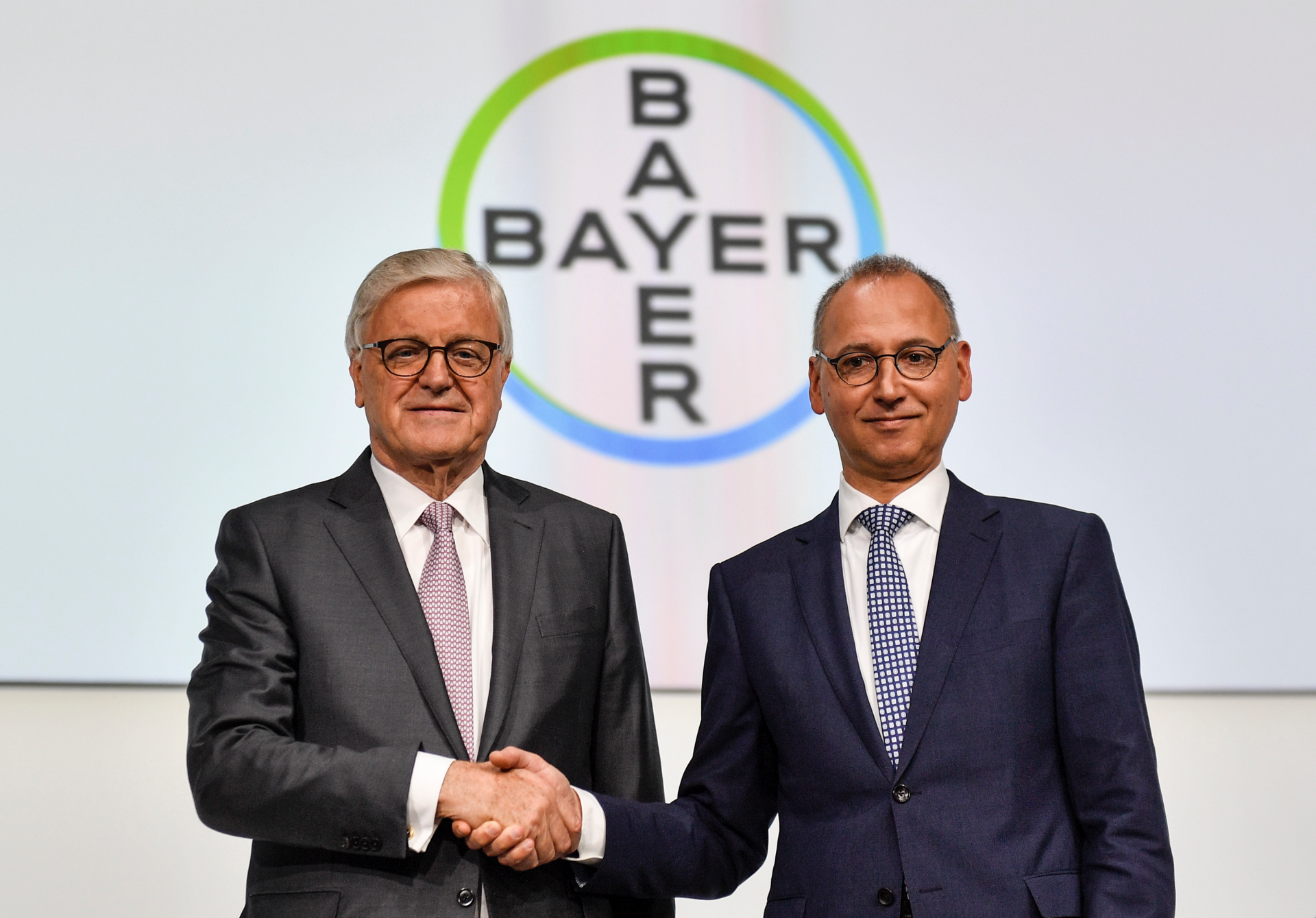 Bayer managers face shareholders amid Monsanto fallout