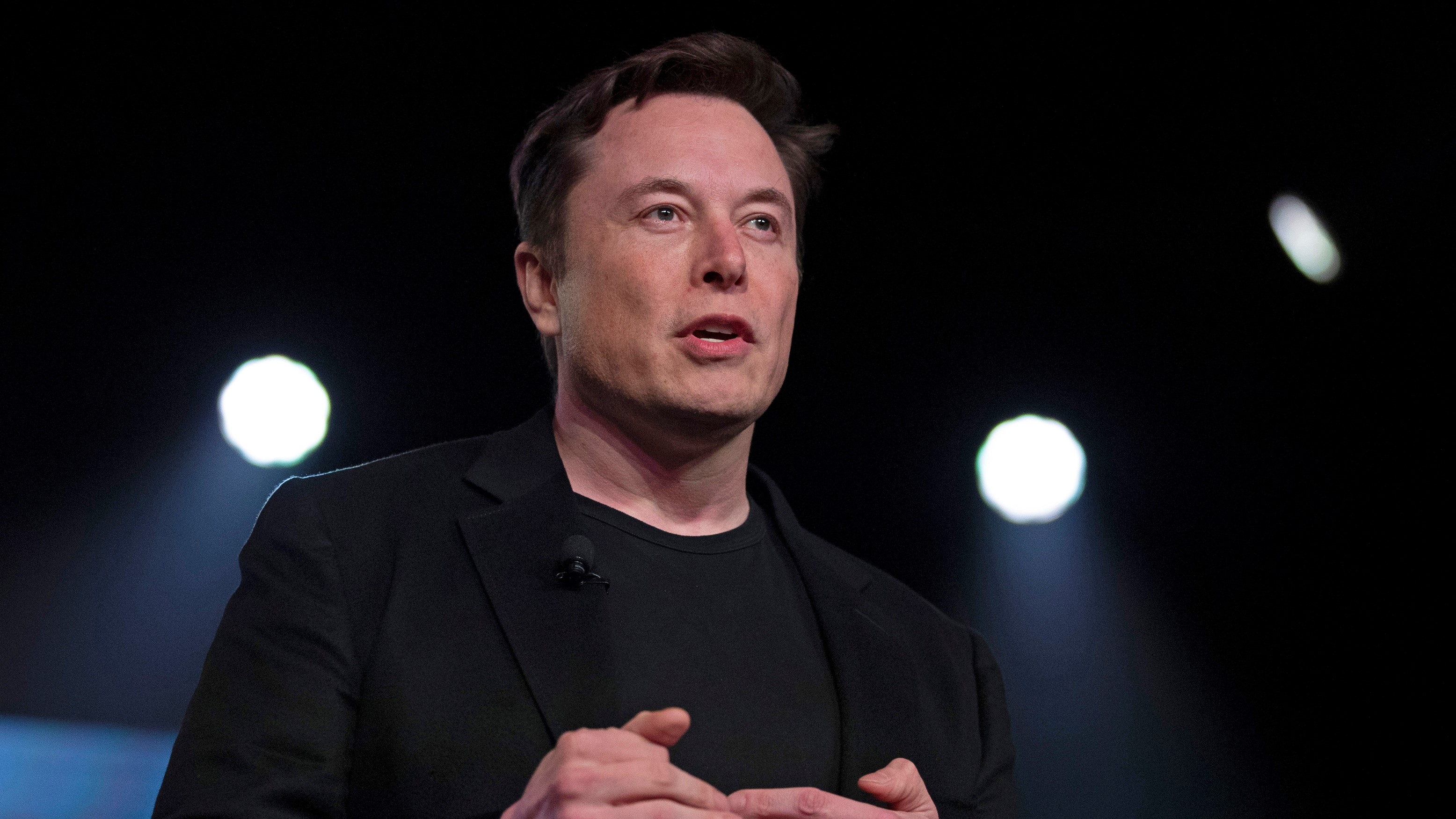 Elon Musk says he supports Andrew Yang for president in 2020
