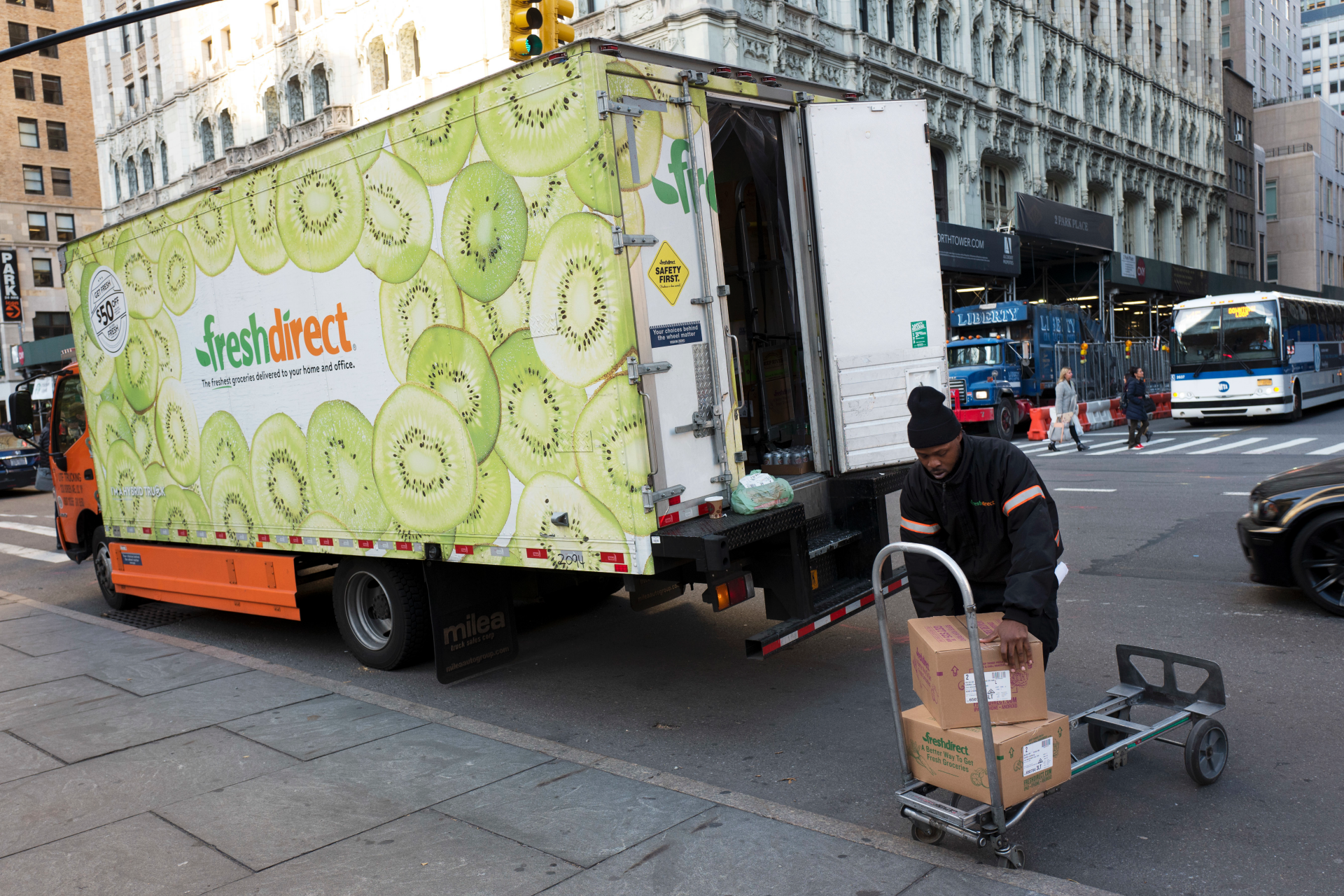 On the Money: More grocers are offering delivery