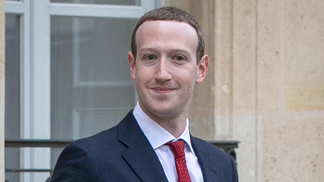 Zuckerberg to give his views on free speech in live address