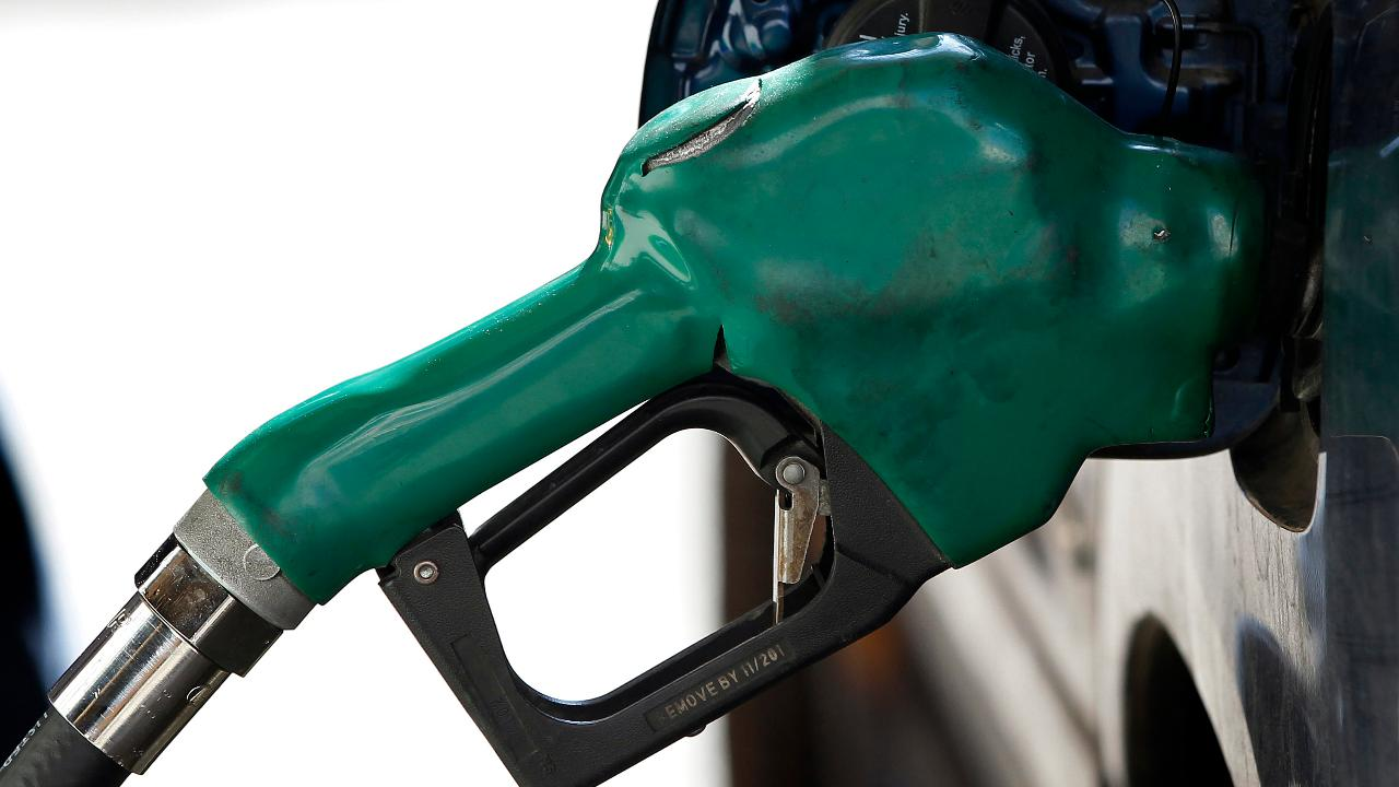 Trump criticizes California's high gas prices, policies