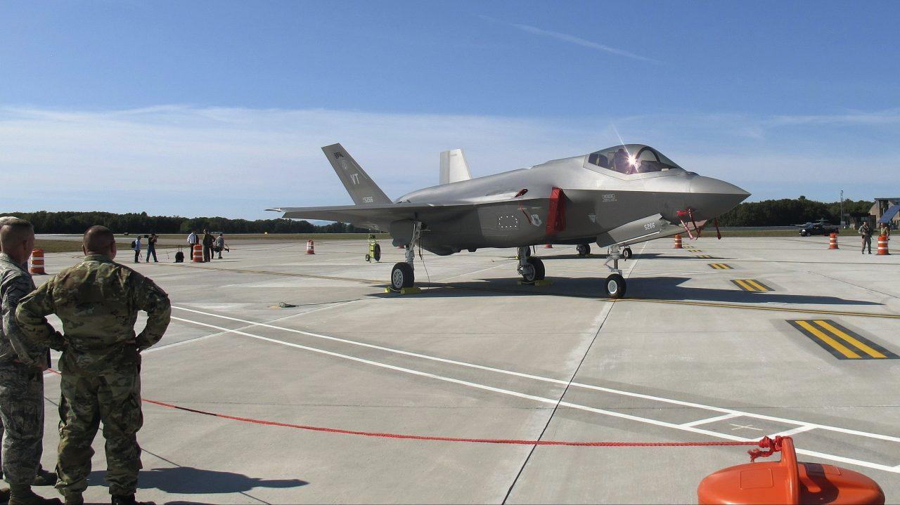 Lockheed Martin scores $1.9B F-35 contract
