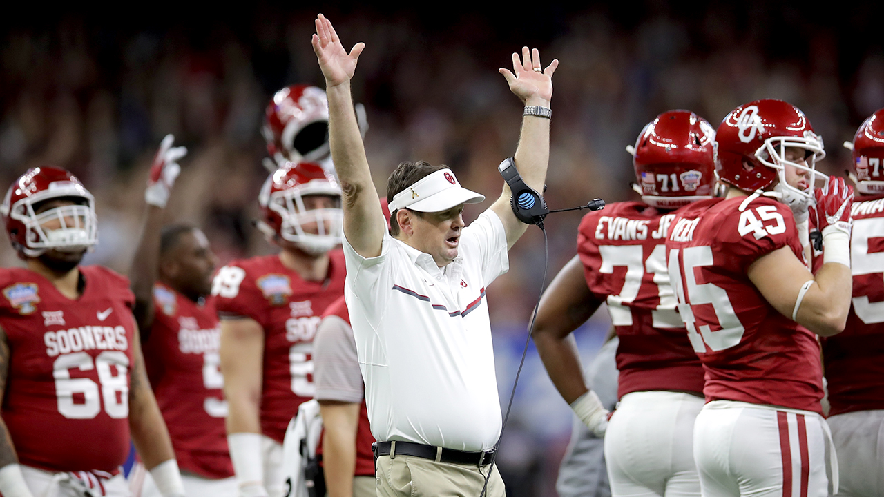 College football legend Bob Stoops' playbook for success