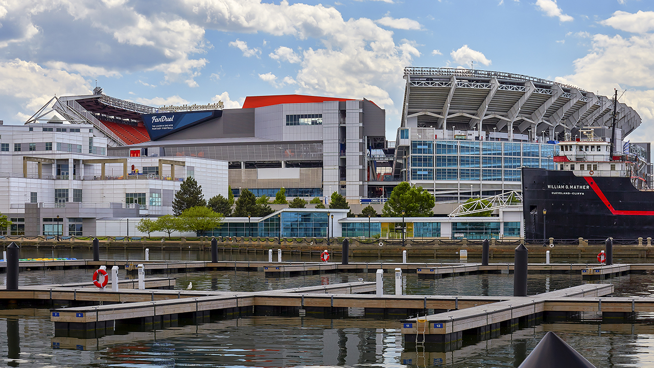 Cleveland Browns fan sues team over beer-soaked kerfuffle