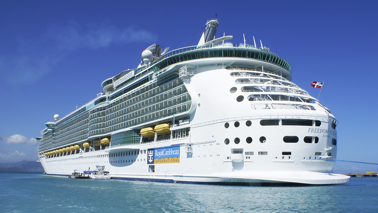 Royal Caribbean: Grandfather 'reckless' in toddler death: report