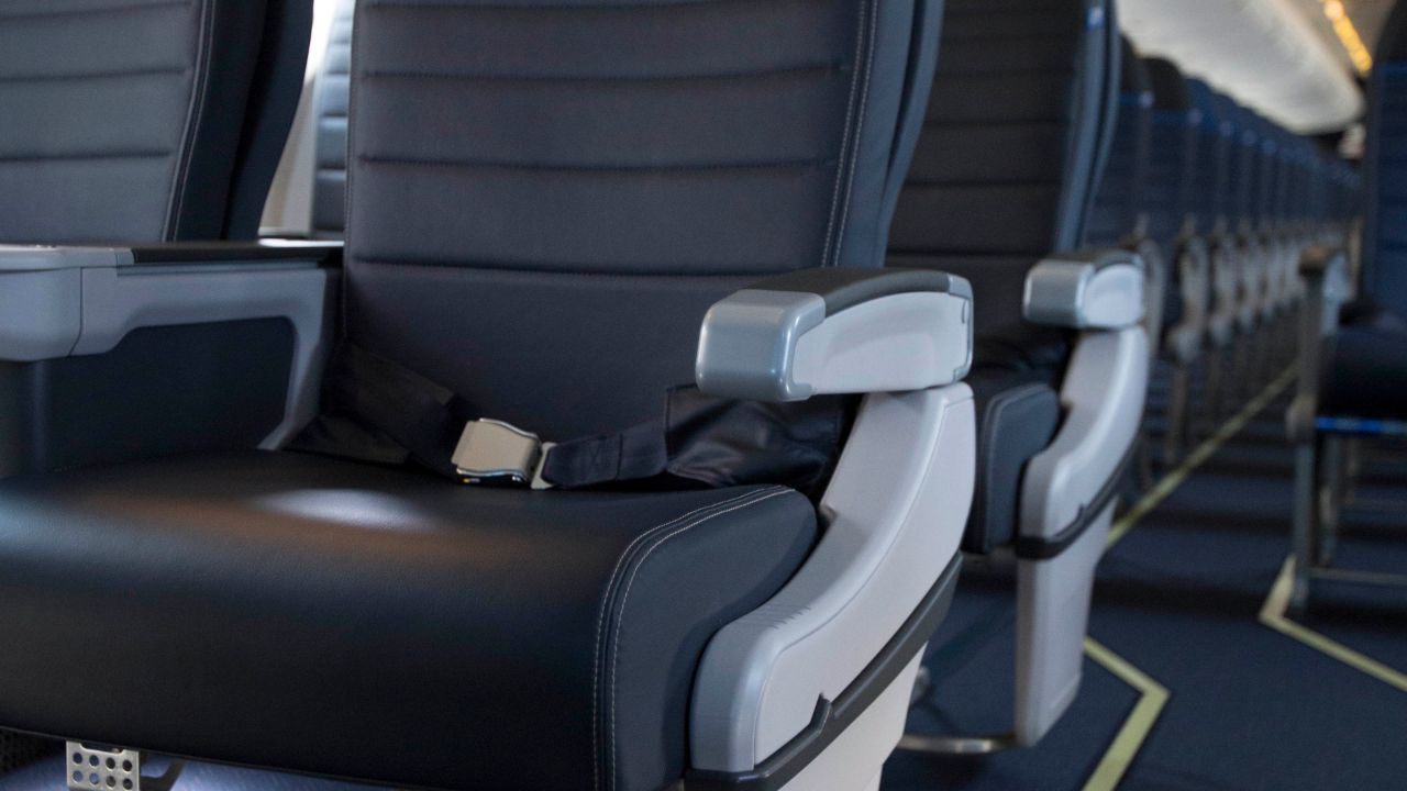 This major airline says it can install more plane seats without cramping passengers