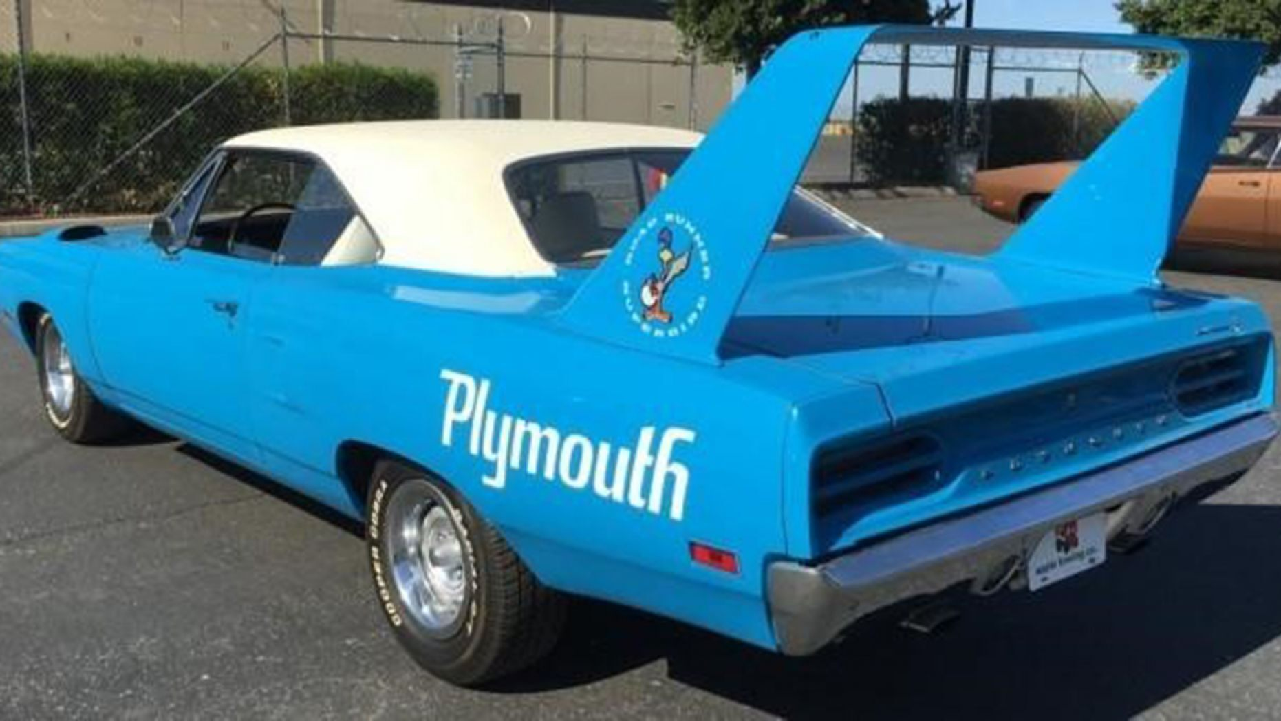 US Marshals auction Burt Reynolds' Trans Am with bankrupt firm's 100-plus car collection