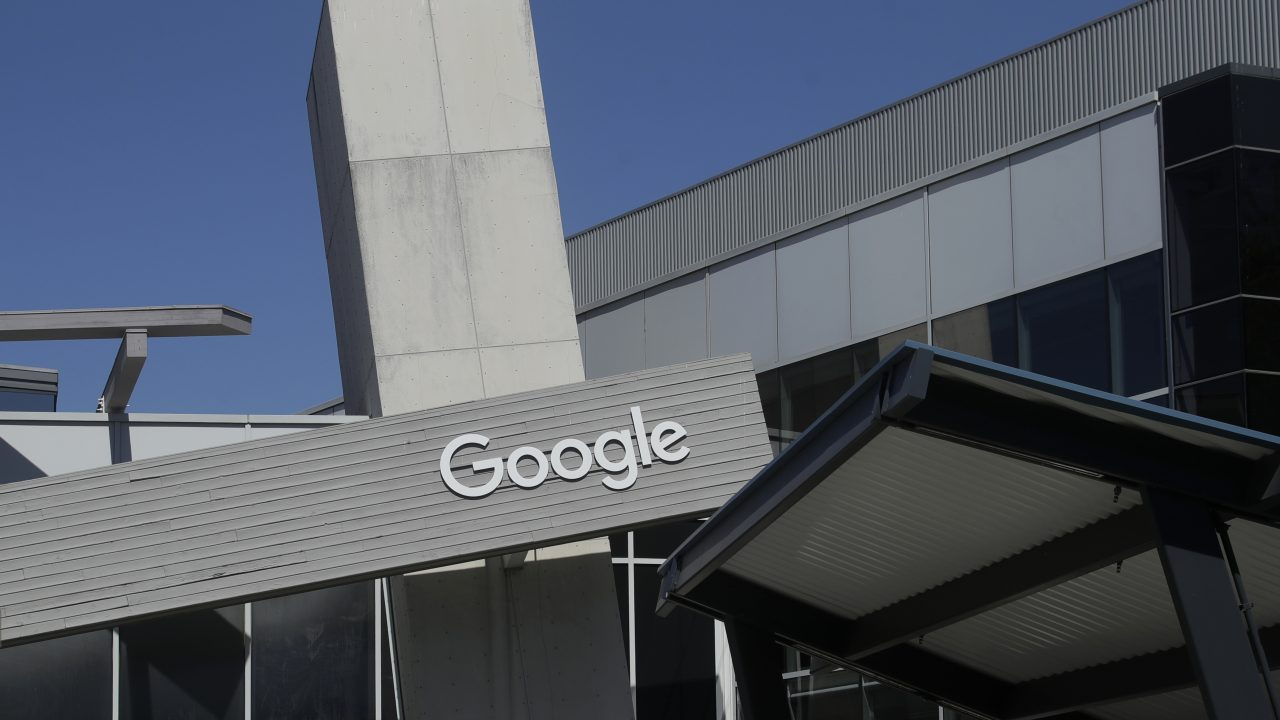 Google to offer checking accounts