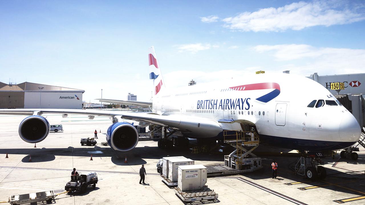 Ex-British Airways exec indicted for accepting $5M in bribes: officials