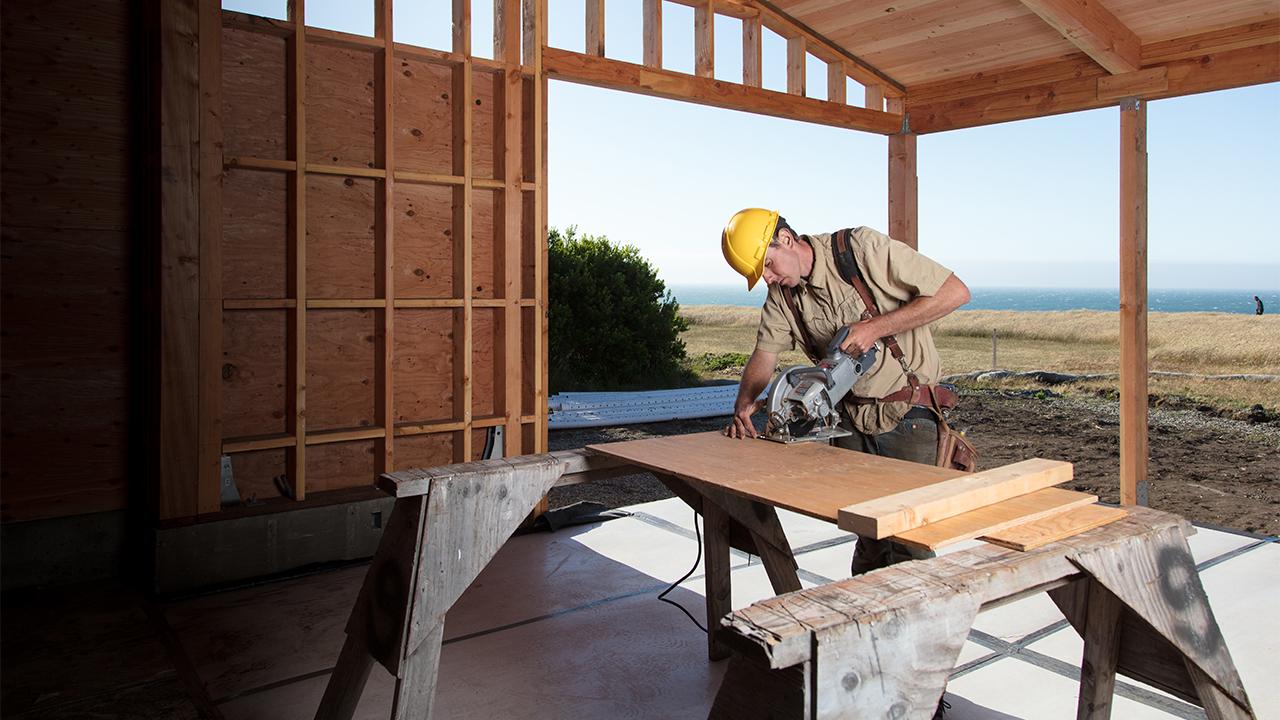 Homebuilder confidence is highest since 1999
