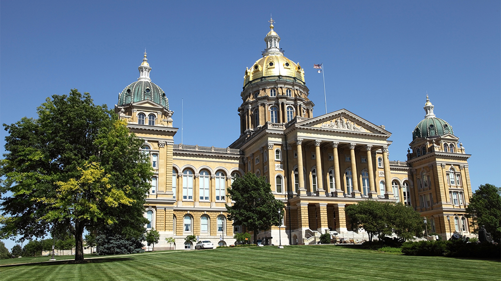Iowa hired hackers to break into courthouse, then locked them up