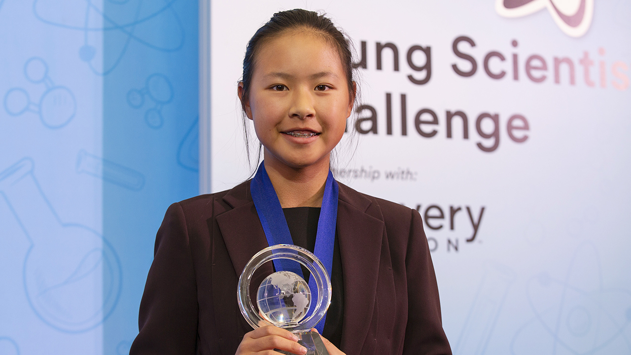 Teen scientist invents award-winning bandage that could replace antibiotics