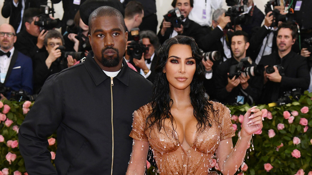 Rapper Kanye West said he would 'walk away' from deals with Adidas and Gap during his first campaign event in North Charleston, South Carolina.