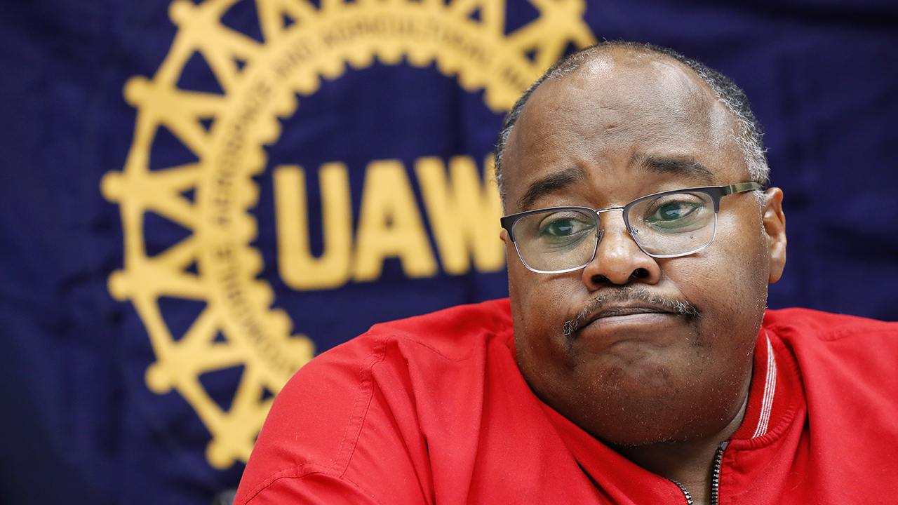UAW names new president amid corruption case