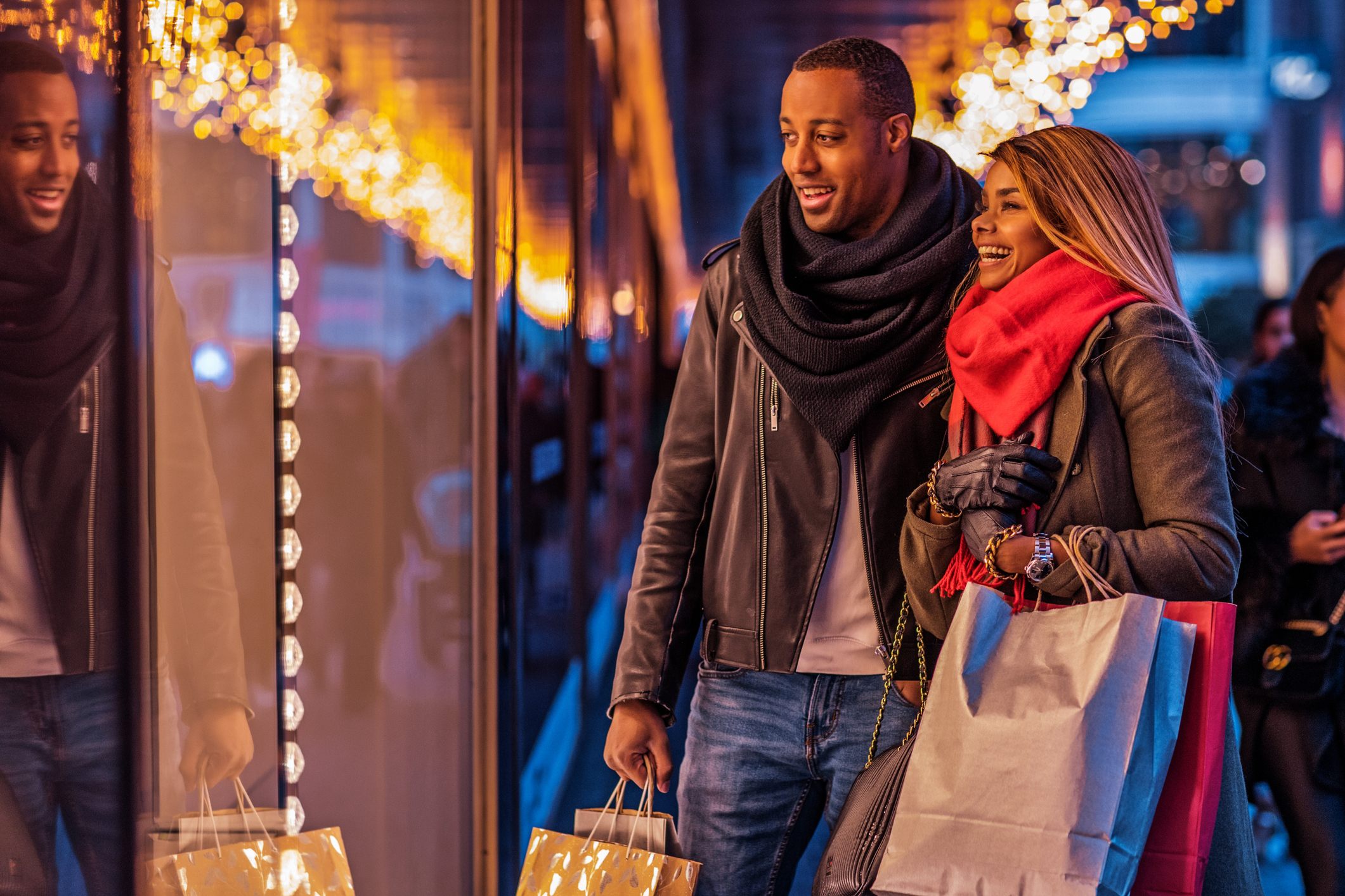 Lackluster retail sales in November signal sluggish start to key holiday season