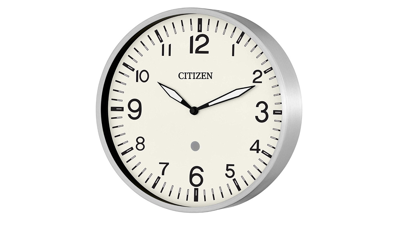 Amazon, Citizen give Echo Smart Clock classy, timeless makeover