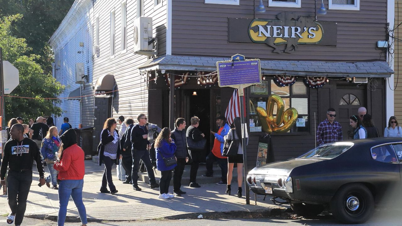 190-year-old 'Goodfellas' bar to close after landlord's rent hike