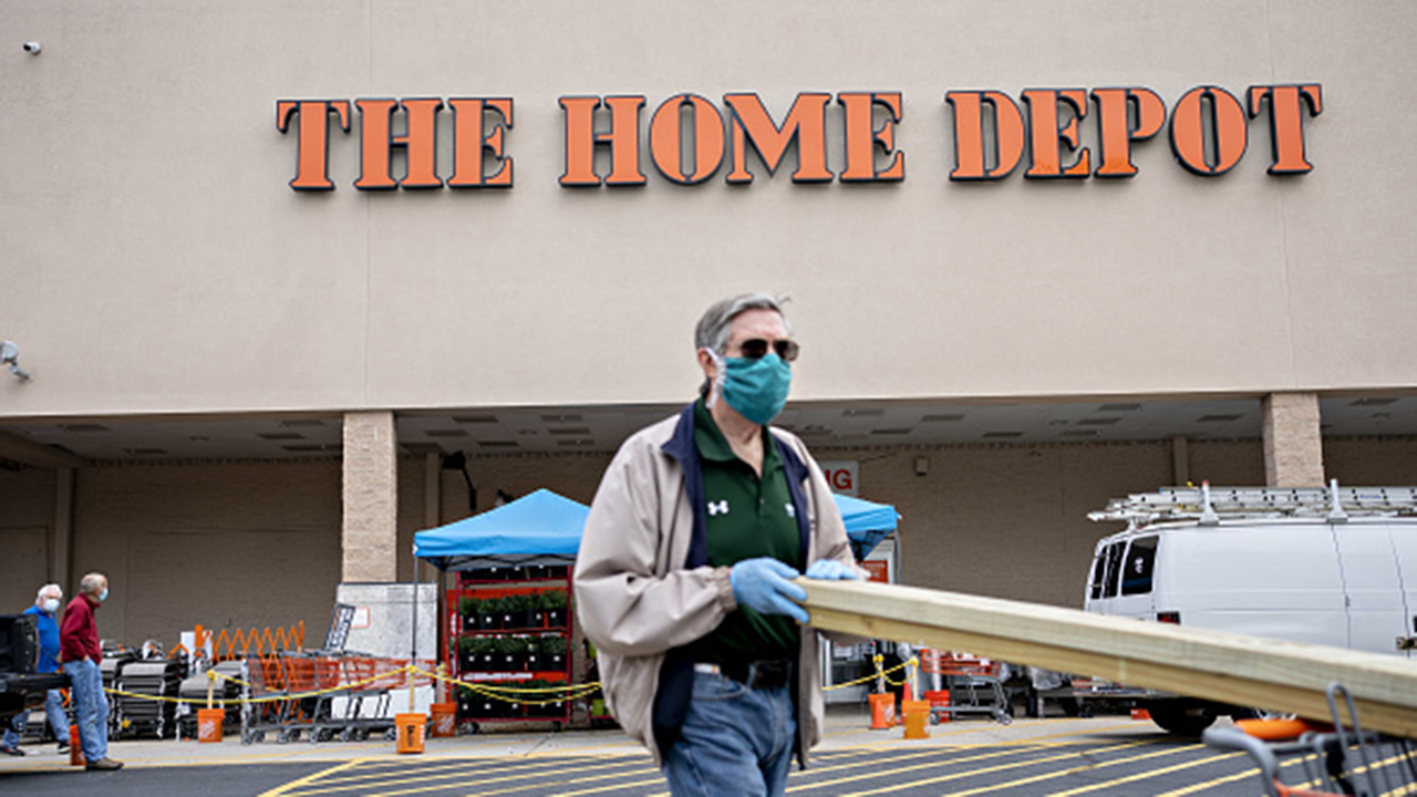 National Retail Federation President Matt Shay on keeping retailers open safely by requiring face masks to prevent coronavirus spread.