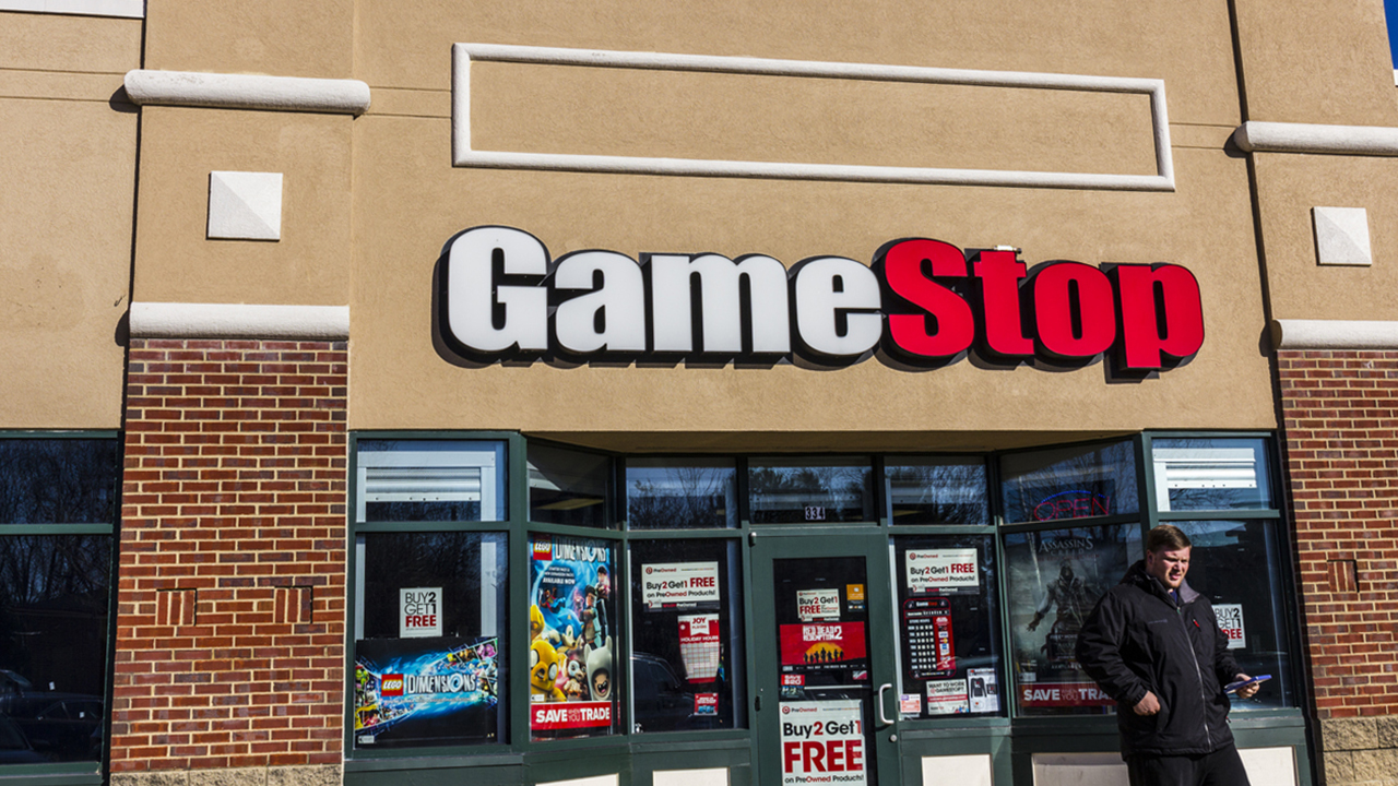 GameStop names former Amazon exec to key role