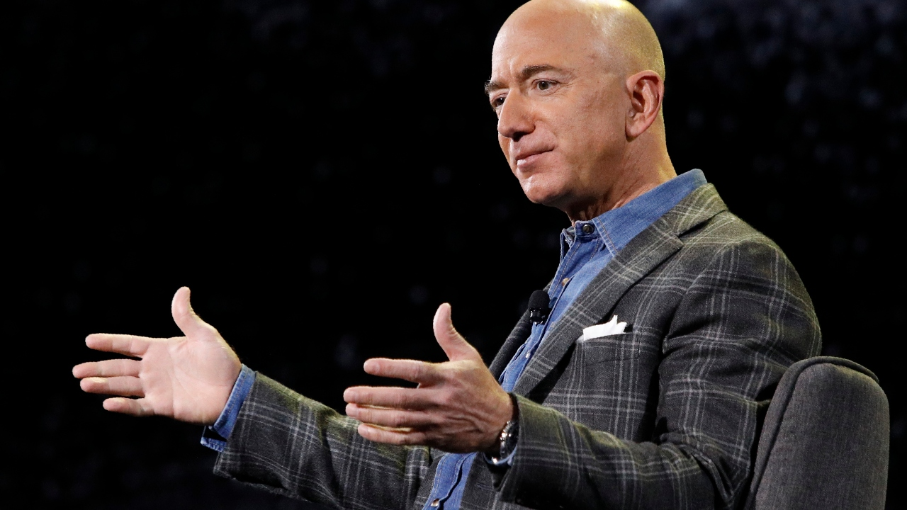 'The Amazon Jungle' author Jason Boyce and T3 Trading chief strategist Scott Redler on what challenges Amazon will face in the coming years – from worker issues to antitrust suits – as Jeff Bezos steps down as CEO.