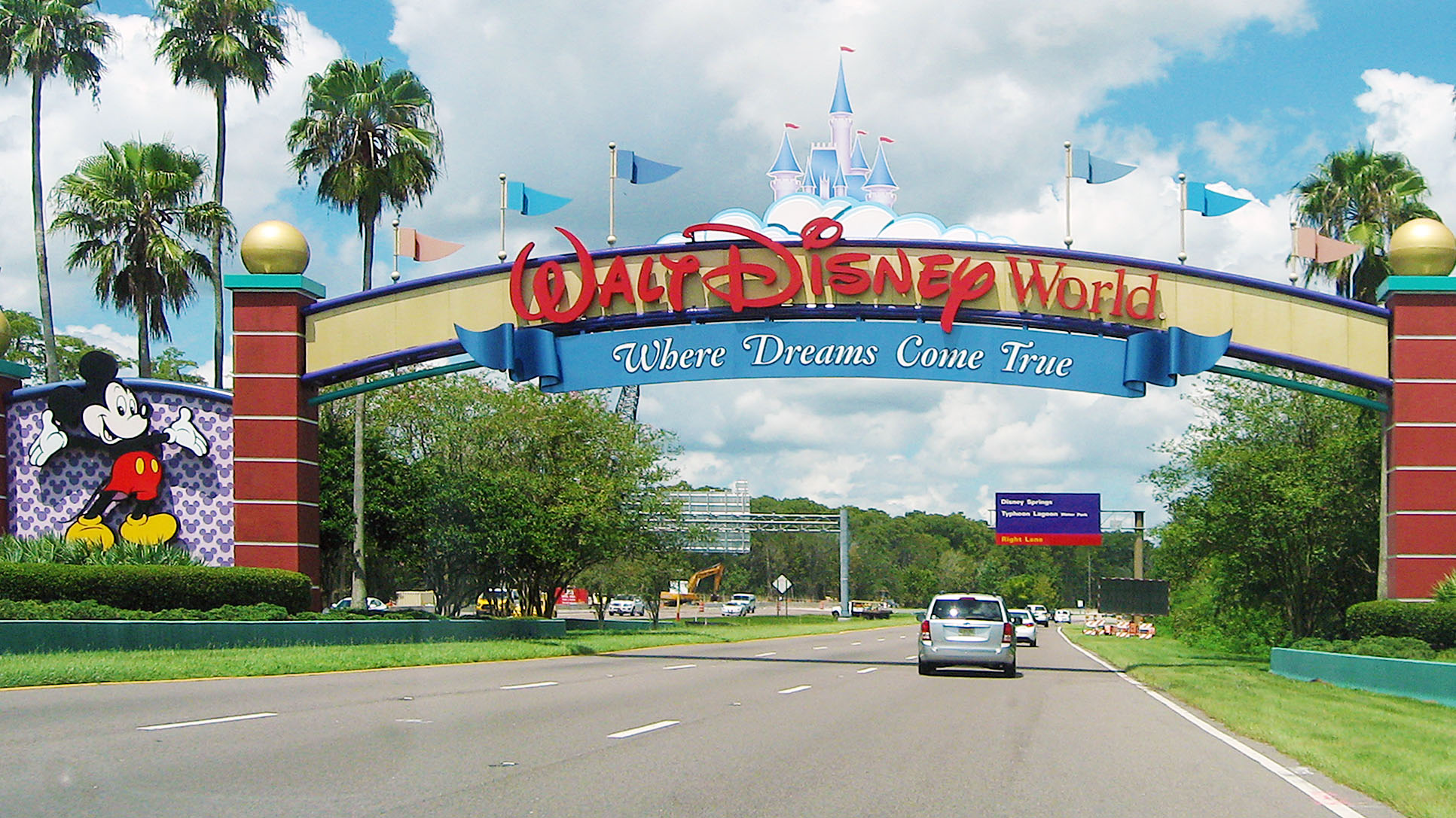 Kaltbaum Capital Management President Gary Kaltbaum and 'Barron's Roundtable' host Jack Otter on the future of Disney following the company's recent earnings report.