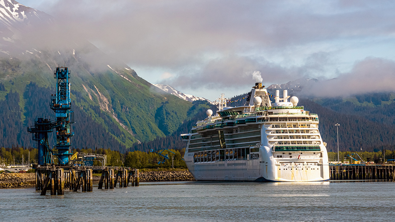 FOX Business' Connell McShane reports even with the new CDC guidelines regarding cruises, it appears Alaska 'is headed for yet another tough economic summer.'