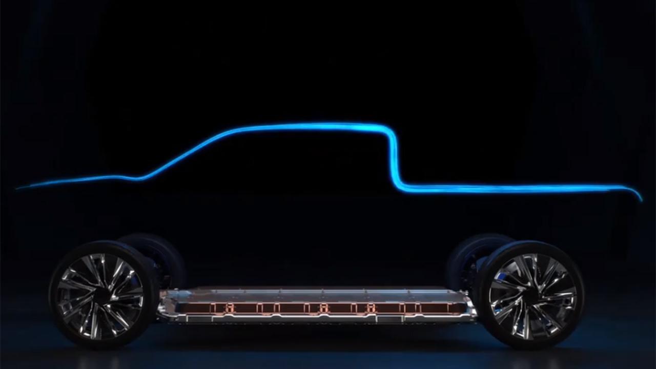 Gary Gastelu on GM, electric vehicles
